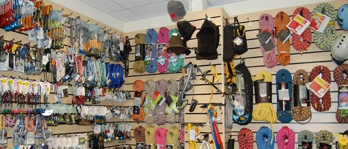 climbing-wall-accessories-rockworks-1