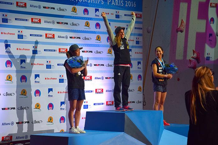 Podio femenino, Pura alegría la nueva campeona.